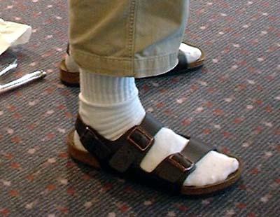 mens_birkenstocks_socks_1