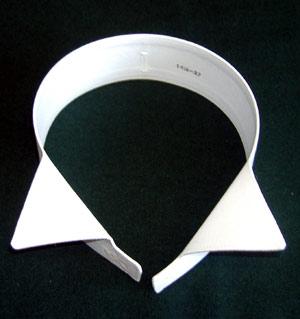 Wing type dress shirt collar