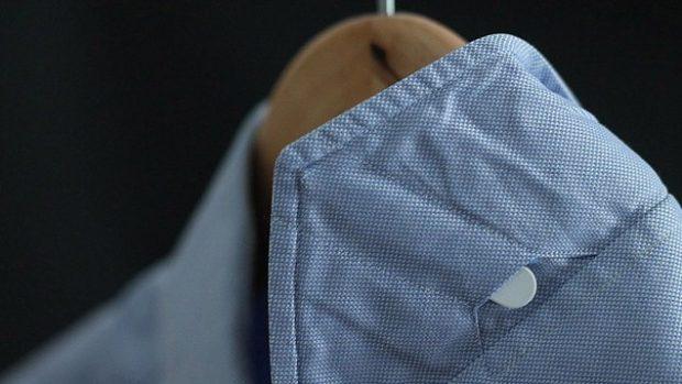 Dress shirt collars: Shirt stays