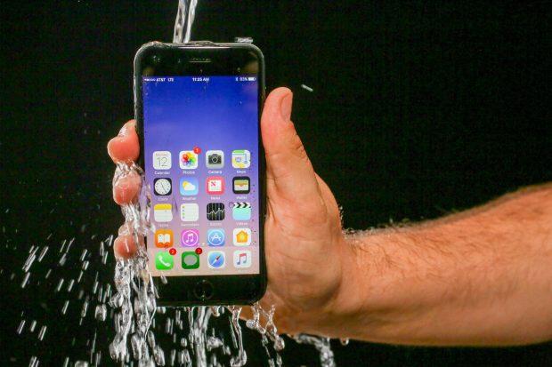 Apple iPhone 7 Headphone Jack: water proof